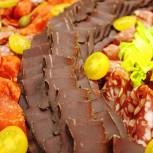 Vom Wild bis hin zu pikanten Spezialitäten - Hirschschinken und Chorizo