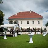 Feiern Sie im Schlossgarten - Feststimmung und Tanzlaune im Schloss Maria Loretto
