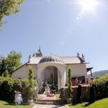 Die Kapelle im Schloss Maria Loretto - eine traumhafte Hochzeitlocation vor einer malerischen Kulisse