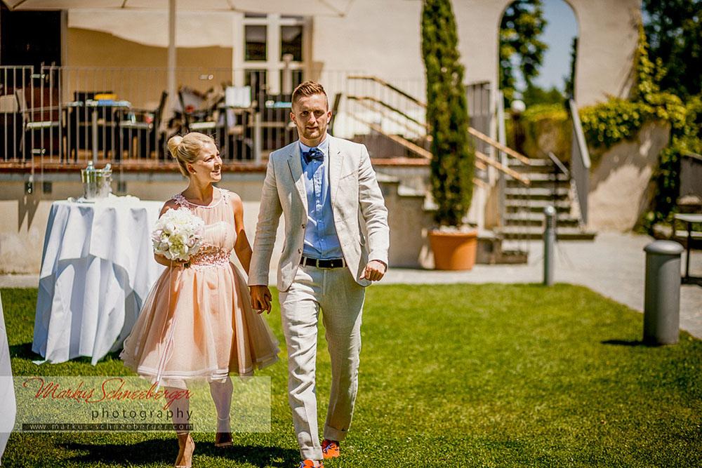 Brautpaar im Schloss Maria Loretto - Credit: Markus Schneeberger
